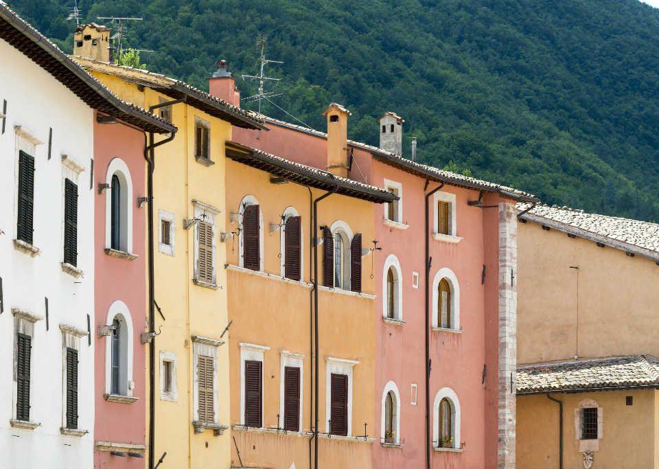 Serramenti in PVC per la ristrutturazione di edifici storici